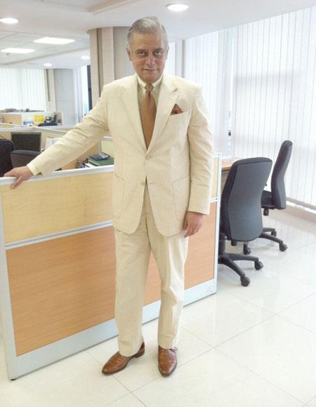 Seersucker Suit Mens Yellow ~ Canary Cheap priced men's Seersucker Suit Sale Cotton 2 Button Suit ( Blazer & Pants )