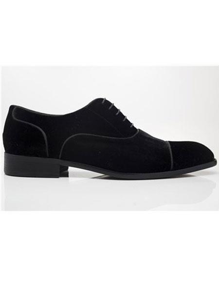 Carrucci Lace Up Shoe