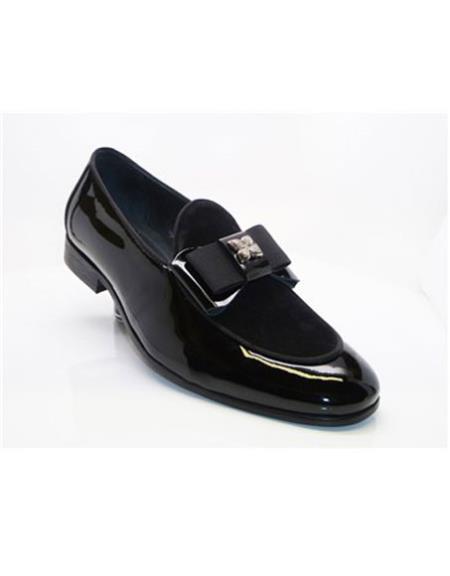 Closure Slip-On Black Carrucci