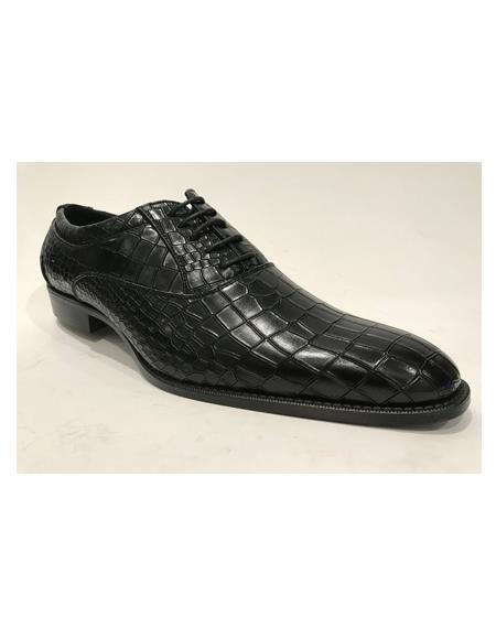 Leather Horn Black Shoes
