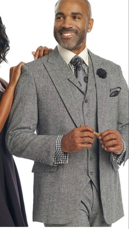Mens Gray Two Button Two Flap Front Pockets Peak Lapel Suit