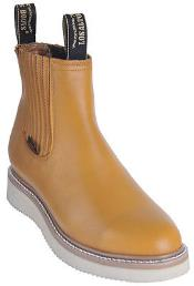 BOOTS Buttercup Round Toe