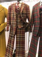 JA610 Mens Notch Lapel Single Breasted Plaid Suit